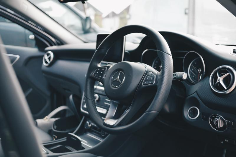 One in 10 Brits who work from home resort to using their car. Photo: Oliur/Unsplash