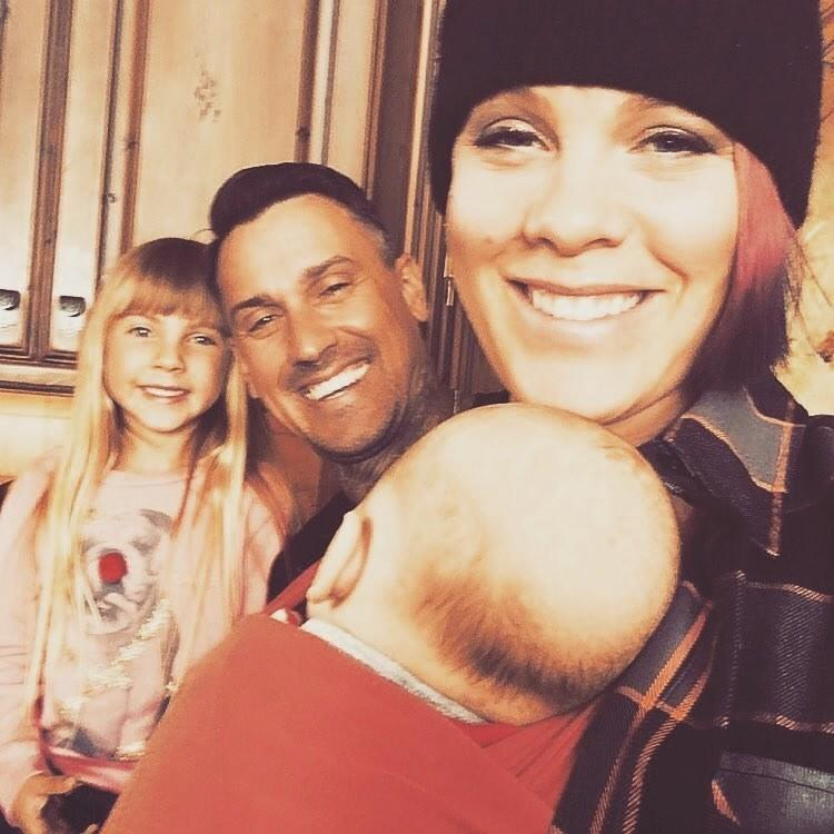 P!nk brought her entire family to Jackson Hole in March 2017.