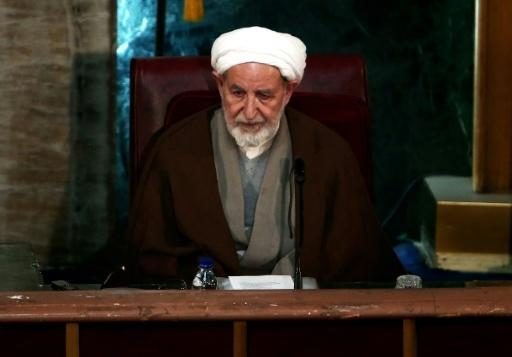 Top Iran conservatives lose seats on key body