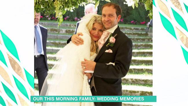 Holly-Willoughby-wedding-throwback
