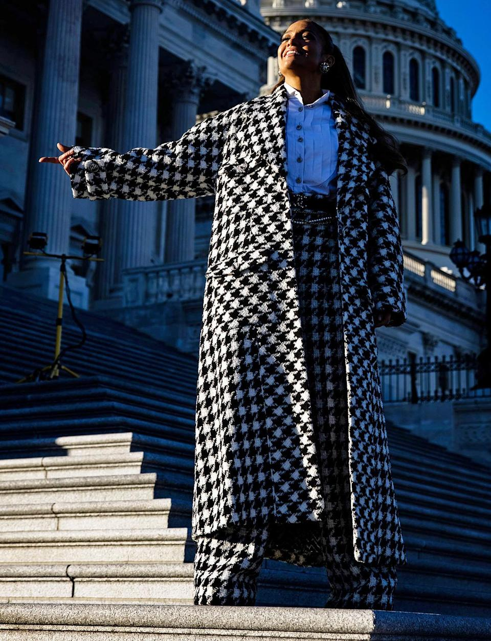 <p>Ahead of her inauguration performance, Jennifer Lopez visits the United States Capitol building in Washington, D.C., on Tuesday.</p>
