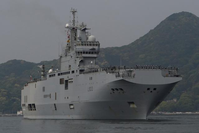 French amphibious assault ship