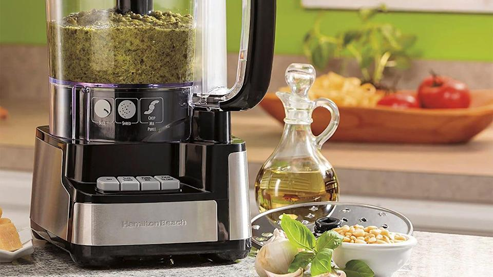 This 12-cup food processor impressed customers with its easy assembly process and large feed chute.