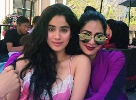 Janhvi Kapoor remembers her 'Mumma' Sridevi on birth anniversary