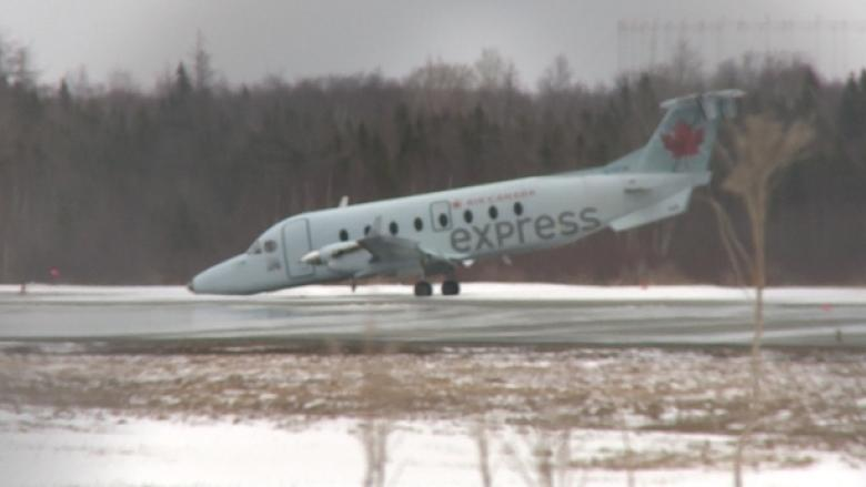 Air Canada Express plane's landing gear collapses at Calgary airport
