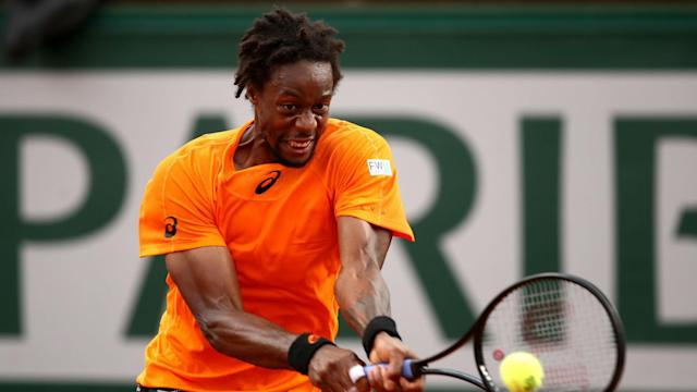 Pablo Cuevas was the only seed to fall at the Argentina Open, beaten by Frenchman Gael Monfils.