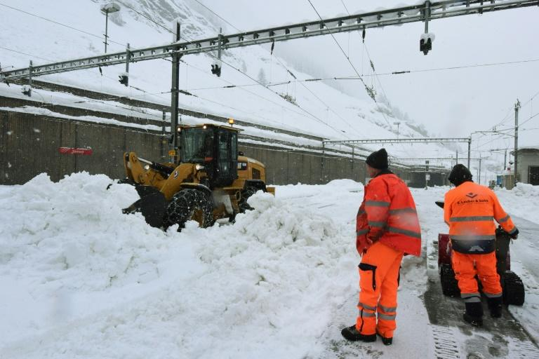 Zermatt train station was forced to close after heavy snow