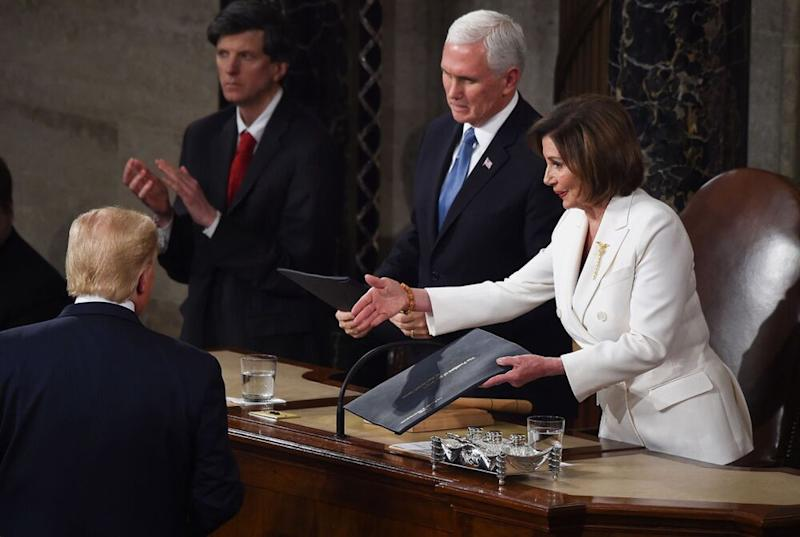 "Résultat de recherche d'images pour ""Nasty Nancy Rips Up State Of The Union Speech After Trump Snubs Handshake"""""