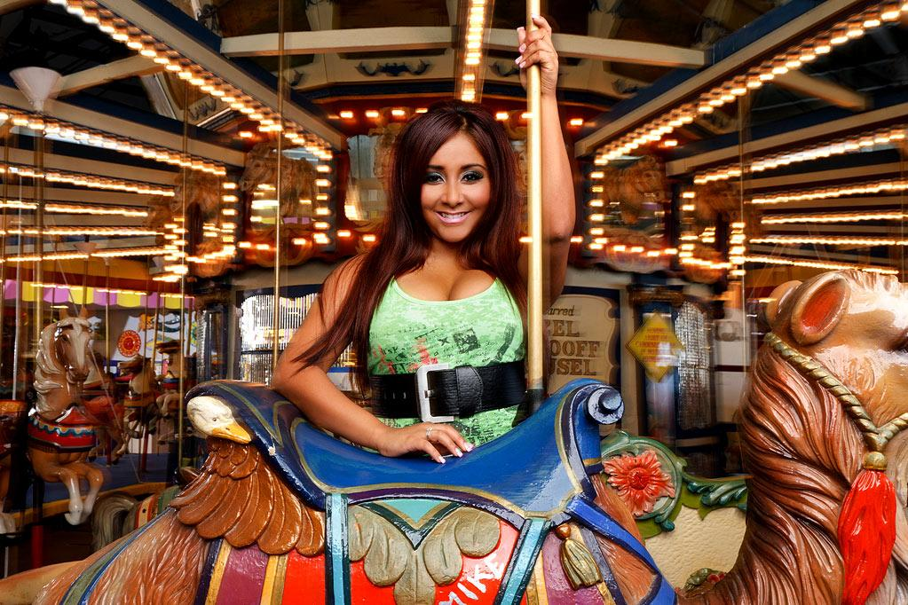 """<a href=""""/nicole-polizzi/contributor/2532139"""">Nicole """"Snooki"""" Polizzi</a>: Say what you will about the self-described """"<a href=""""/jersey-shore/show/45540"""">Jersey Shore</a>"""" 'guidette,' but one thing's certain: She definitely rakes in the dough. Just last month, she earned a whopping $32,000 for speaking to students at Rutgers University (money also will go to her management and the speakers' bureau used to book her). That's $2,000 more than what the university paid Nobel prize-winning author Toni Morrison to deliver the school's commencement address in May. Us Weekly also reported that the MTV star — who has inked hair product and book deals and has a spin-off show in the works — charges $20,000 to walk an event's red carpet. <a href=""""http://www.hollywoodreporter.com/news/how-bethenny-frankel-used-her-181124"""" rel=""""nofollow"""">Source: The Hollywood Reporter</a>"""