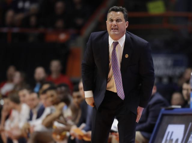 "Arizona head coach <a class=""link rapid-noclick-resp"" href=""/college-football/players/281587/"" data-ylk=""slk:Sean Miller"">Sean Miller</a> during a first-round game against Buffalo in the NCAA men's college basketball tournament Thursday, March 15, 2018, in Boise, Idaho. (AP Photo/Ted S. Warren)"