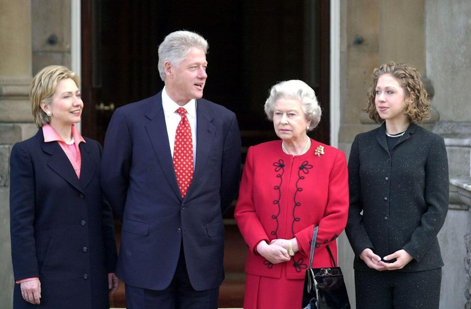 <p>No one quite seemed to look at the camera when the Clintons met with the Queen in 2000. </p>