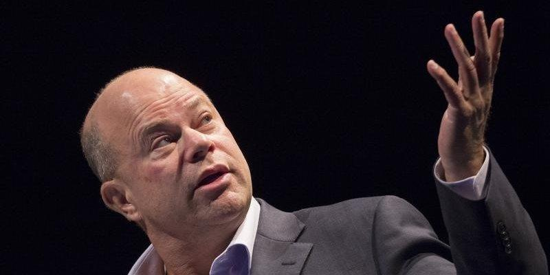 David Tepper, founder of Apploosa Management, speaks during the Sohn Investment Conference in New York May 4, 2015. REUTERS/Brendan McDermid