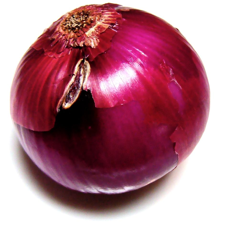 <p>Onion is known to have certain antibacterial properties that may help in elimination of those bacteria which can cause scalp infections. It also contains a high level of Sulphur which is known to treat infected hair follicles, enhance hair growth and improve blood circulation to them. Hence, Onion Juice is another remedy which helps in treating hair fall!<br />How It Works: To prepare the onion juice, you can take a mid-sized onion and grate it. Squeeze this to remove the onion juice. Apply this onion juice on your scalp and hair (from root to tips). Leave it on for about 30-45 minutes and then wash. You can also opt to add some honey to this juice before applying it to your hair.<br />P.S.: Be careful not to get any onion juice in your eyes. If at all there is any contact with the eyes, wash with cold water thoroughly. </p>