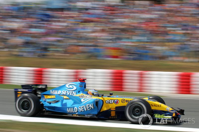 "2006: Fernando Alonso, Renault R26<span class=""copyright"">Sutton Motorsport Images</span>"