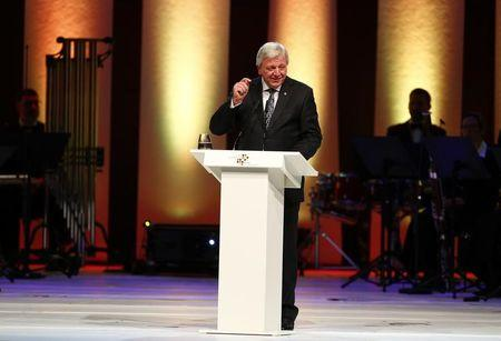 Hesse's state Premier Volker Bouffier makes a speech during a ceremony in the 'Alte Oper' in Frankfurt, Germany, October 3, 2015.  REUTERS/Ralph Orlowski