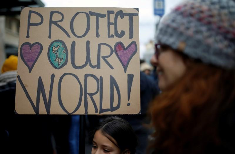 Children, young adults cannot sue U.S. government over climate change: ruling
