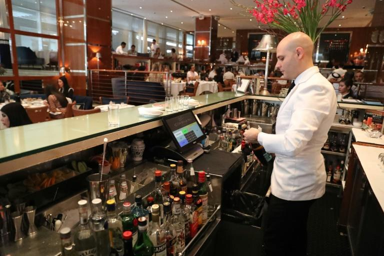 Dubai still offers corporate highrollers a range of amenities that Riyadh is unlikely to any time soon -- including alcohol with their business lunches