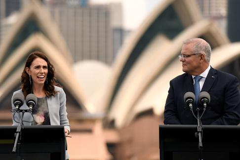 New Zealand Prime Minister Jacinda Ardern and Australian Prime Minister Scott Morrison have discussed allowing travel between the two countries. Photo: EPA-EFE