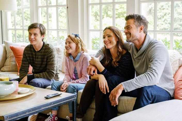 """<p>One of the things to admire most about Garner is her willingness to take supporting roles in important films. In this 2018 rom-com she plays a loving mom to a teen coming to terms with his homosexuality.</p><p><a class=""""link rapid-noclick-resp"""" href=""""https://www.amazon.com/Love-Simon-Nick-Robinson/dp/B07B3QBT4B/ref=sr_1_1?tag=syn-yahoo-20&ascsubtag=%5Bartid%7C10072.g.27131604%5Bsrc%7Cyahoo-us"""" rel=""""nofollow noopener"""" target=""""_blank"""" data-ylk=""""slk:WATCH NOW"""">WATCH NOW</a></p>"""