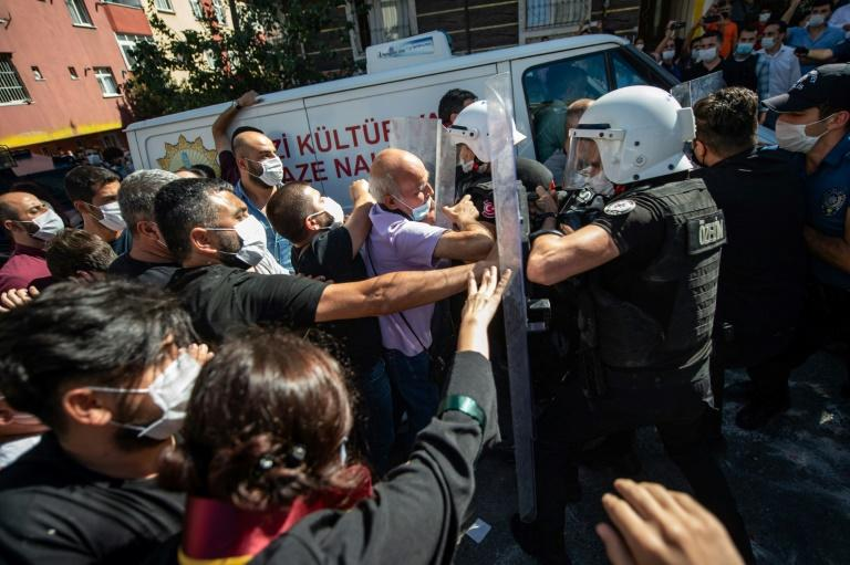 Teargas, clashes at burial of hunger-striking Istanbul lawyer