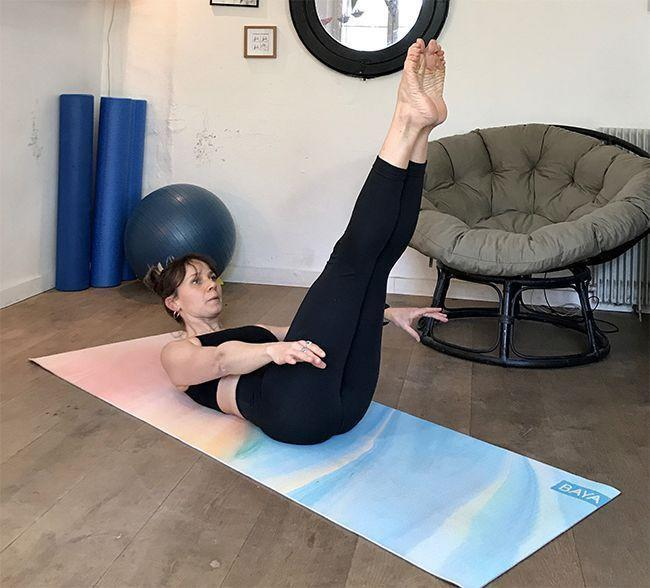 La position de Pilates pour un ventre plat Hundred.