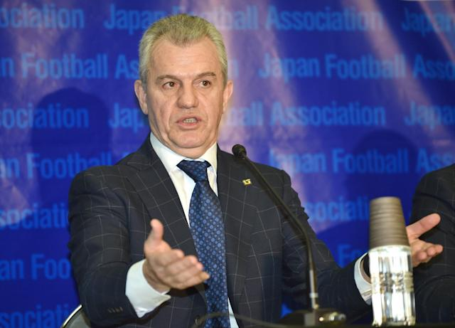 Japan football coach Javier Aguirre of Mexico speaks during a press conference in Tokyo on December 27, 2014 (AFP Photo/Kazuhiro Nogi)