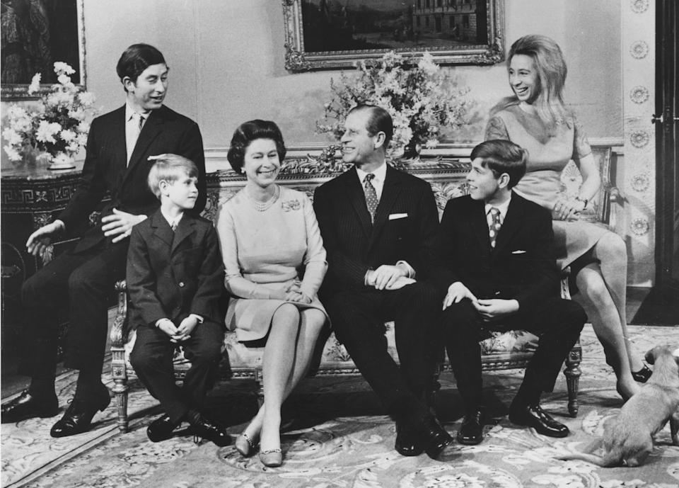 20th November 1972:  Queen Elizabeth II and the Duke of Edinburgh with their children (left to right); Charles, Prince of Wales, Prince Edward, Prince Andrew, Princess Anne celebrating their silver wedding anniversary at Buckingham Palace.  (Photo by Central Press/Getty Images)