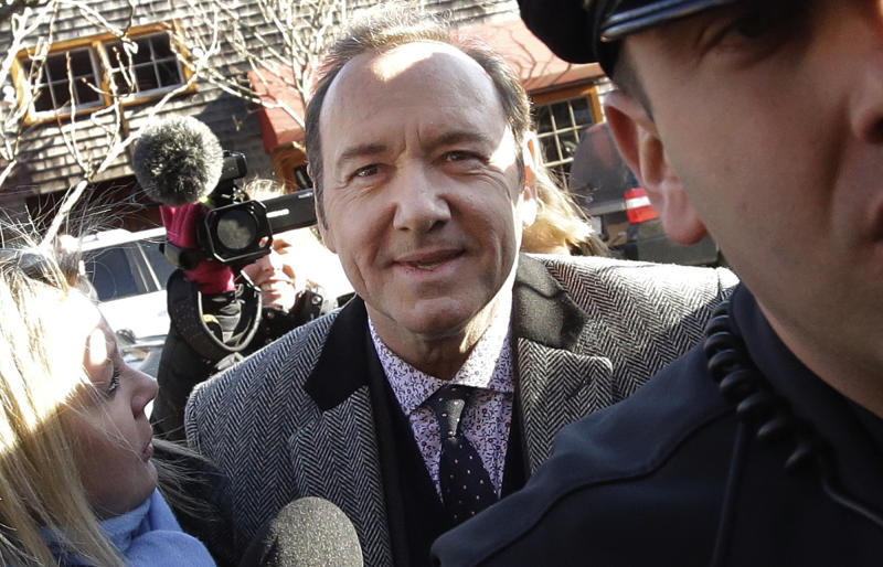 Complainant drops lawsuit against Kevin Spacey in 'grope' case