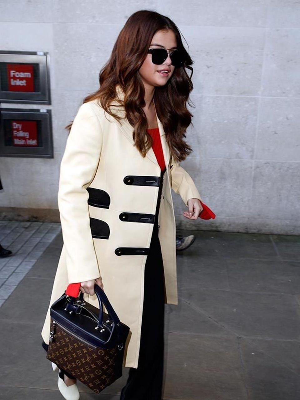 <p>Selena Gomez out and about in London, March 2016.</p>