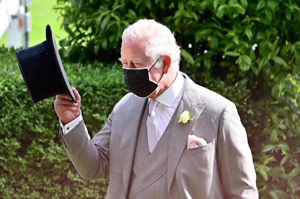 <p>The Prince of Wales tipped his cap. </p>