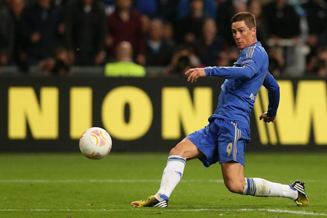 AMSTERDAM, NETHERLANDS - MAY 15: Fernando Torres of Chelsea scores the opening goal during the UEFA Europa League Final between SL Benfica and Chelsea FC at Amsterdam Arena on May 15, 2013 in Amsterdam, Netherlands. (Photo by Scott Heavey/Getty Images)