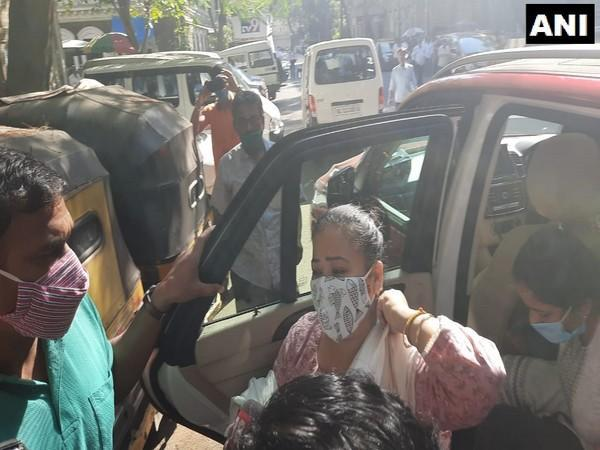 Comedian Bharti Singh has been arrested by NCB for possession of 86.5 grams cannabis [Photo/ANI]