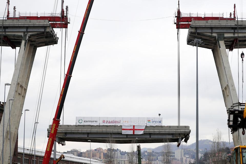 GENOA, ITALY - FEBRUARY 09: The first section of the remains of the Morandi Bridge is being taken down on February 9, 2019 in Genoa. Demolition of the Morandi Bridge begins at Ponte Morandi on February 09, 2019 in Genoa, Italy.  The bridge suffered a partial collapse on August 14, 2018. (Photo by Vittorio Zunino Celotto/Getty Images) (Photo: Vittorio Zunino Celotto via Getty Images)