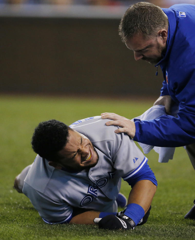 Blue Jays' Cabrera leaves after hit by pitch