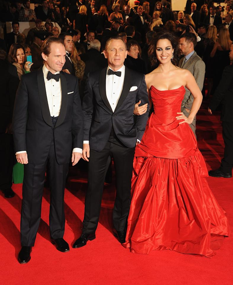 LONDON, ENGLAND - OCTOBER 23: Ralph Fiennes, Daniel Craig and Berenice Marlohe attend the Royal World Premiere of 'Skyfall' at the Royal Albert Hall on October 23, 2012 in London, England.  (Photo by Eamonn McCormack/Getty Images)