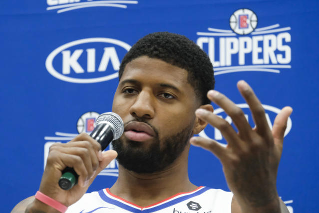 "After multiple offseason shoulder surgeries, <a class=""link rapid-noclick-resp"" href=""/nba/players/4725/"" data-ylk=""slk:Paul George"">Paul George</a> is hoping to return to the court for the <a class=""link rapid-noclick-resp"" href=""/nba/teams/la-clippers/"" data-ylk=""slk:Clippers"">Clippers</a> in November. (AP/Ringo H.W. Chiu)"