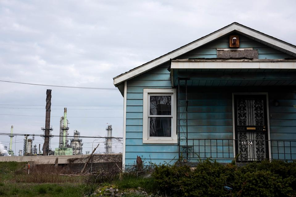 A home near the Marathon Petroleum Company refinery in River Rouge, near Detroit, April 24, 2020. (Emily Rose Bennett/The New York Times)