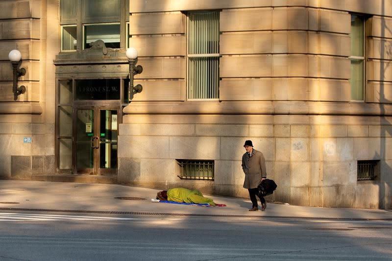 Advocates say Toronto's homeless face dire situation as support collapses