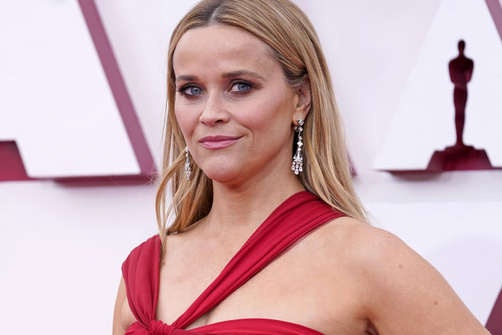 LOS ANGELES, CALIFORNIA – APRIL 25: Reese Witherspoon, earing detail, attends the 93rd Annual Academy Awards at Union Station on April 25, 2021 in Los Angeles, California. (Photo by Chris Pizzello-Pool/Getty Images)