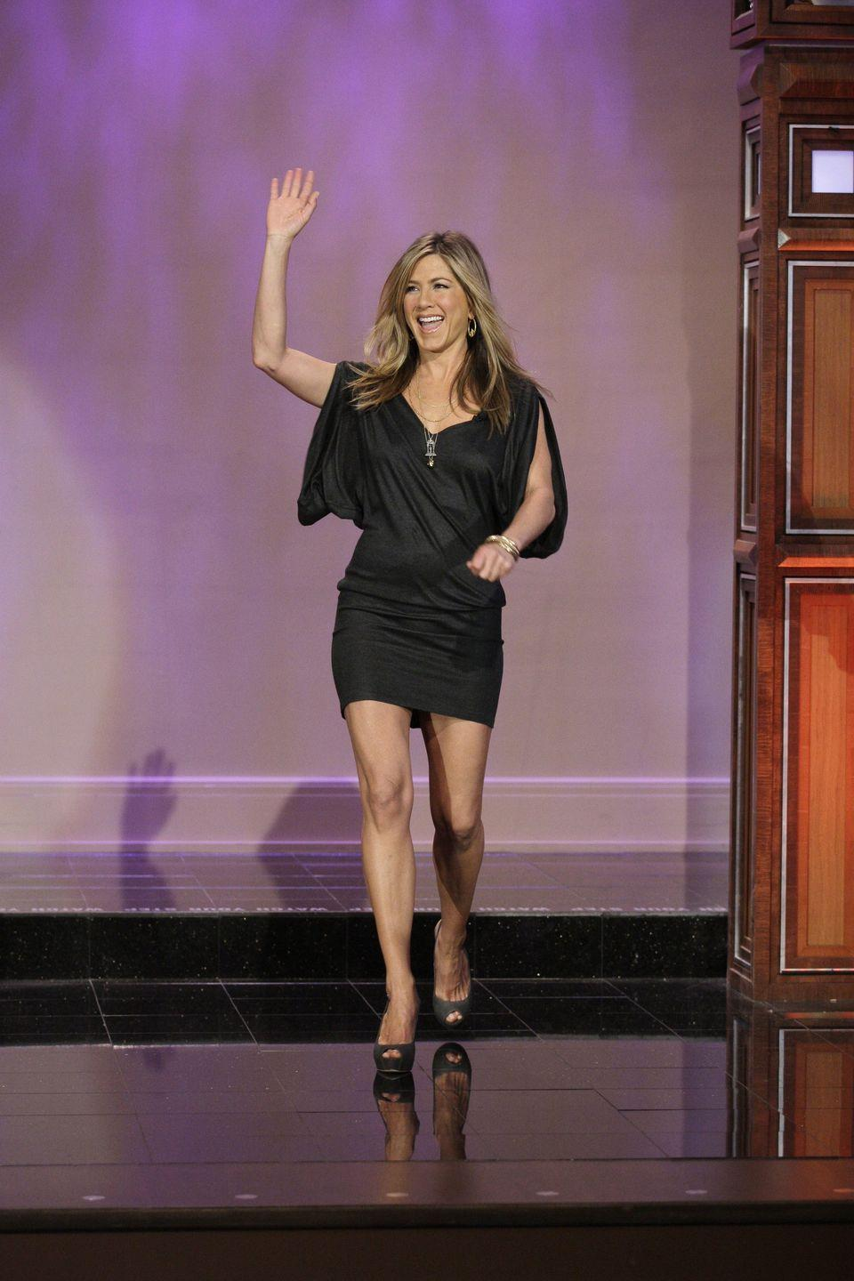 """<p>Aniston loves doing V-ups and using an ab wheel, Azubuike told Women's Health. """"We'll use a sit-up to shock the body occasionally, but it's not a major part of our core regimen,"""" he said.</p>"""
