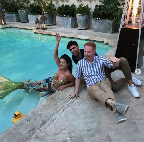 "<p>Later, Ferguson and Mikita met a mermaid just hanging in Vergara's swimming pool: ""Totally normal."" (Photo: <a href=""https://www.instagram.com/p/BUsAjnHFGIF/"" rel=""nofollow noopener"" target=""_blank"" data-ylk=""slk:Sofia Vergara via Instagram"" class=""link rapid-noclick-resp"">Sofia Vergara via Instagram</a>) </p>"