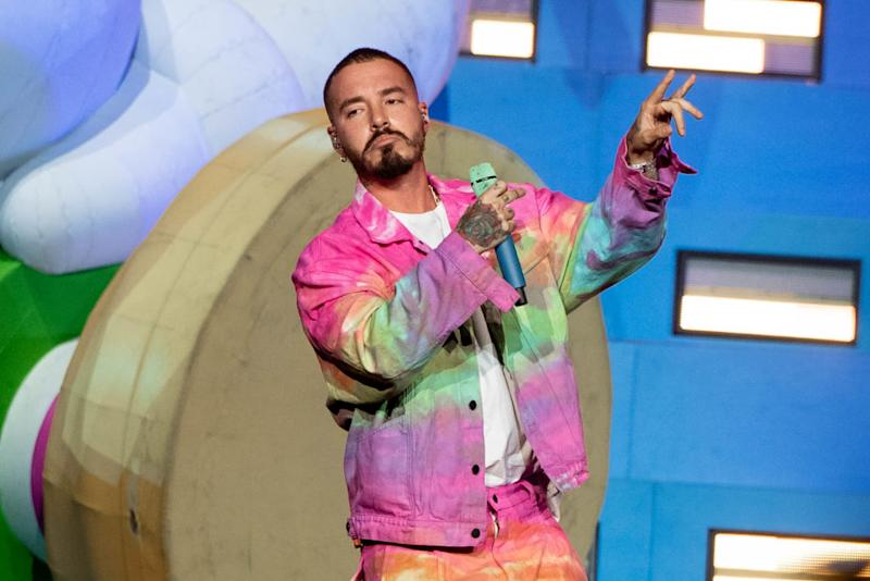 LOS ANGELES, CALIFORNIA - OCTOBER 26: J Balvin performs onstage at Staples Center on October 26, 2019 in Los Angeles, California. (Photo by Emma McIntyre/Getty Images)