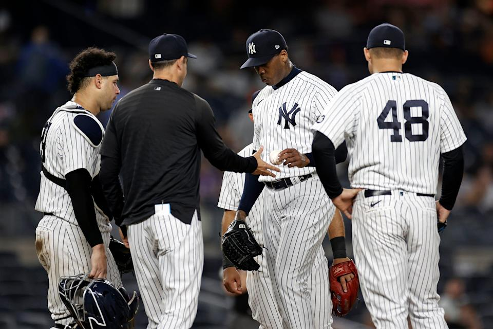 Yankees manager Aaron Boone removes Aroldis Chapman from Wednesday's game against Toronto,