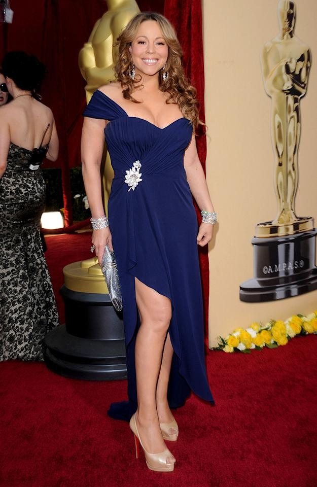Mariah Carey   Grade: D    Although she was dripping in diamonds, Mimi bombed once again in this Valentino Haute Couture disaster and nude platform heels. Somehow the diva managed to look frumpy and age-inappropriate all at once.