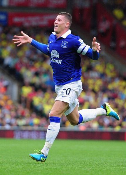Ross Barkley celebrates his goal during the Barclays Premier League match between Norwich City and Everton at Carrow Road on August 17, 2013 in Norwich, England. (Getty Images)