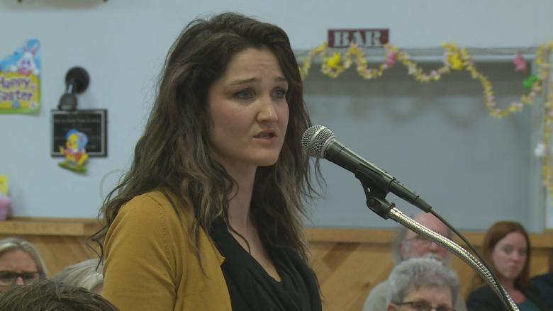 'How come fracking isn't in the legislation?' public gives feedback on draft Water Act
