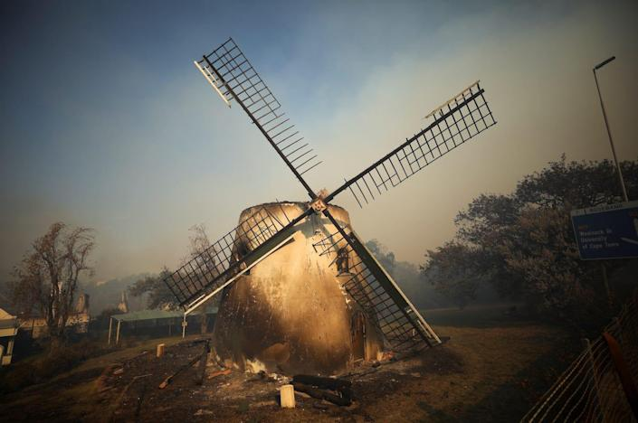 south africa fire mostert's mill