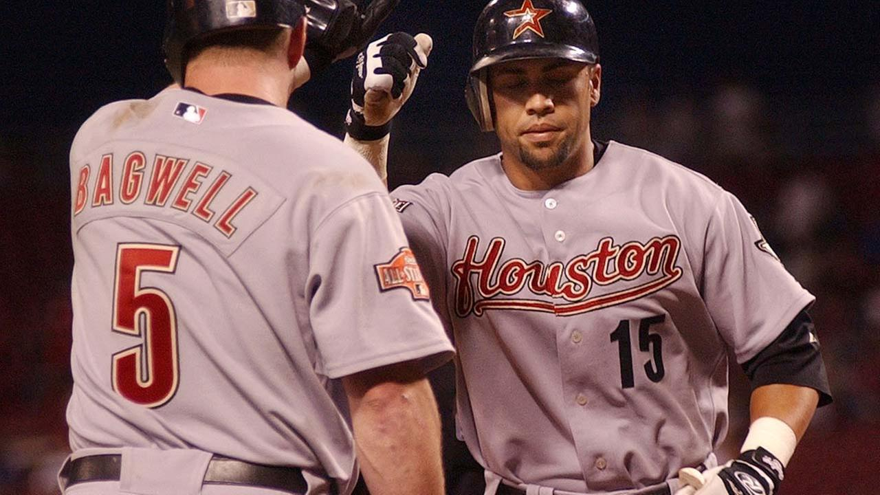 Houston Astros outfielder Carlos Beltran has launched a crowdfunding campaign to raise money for his native Puerto Rico, which was battered by Hurricane Maria.