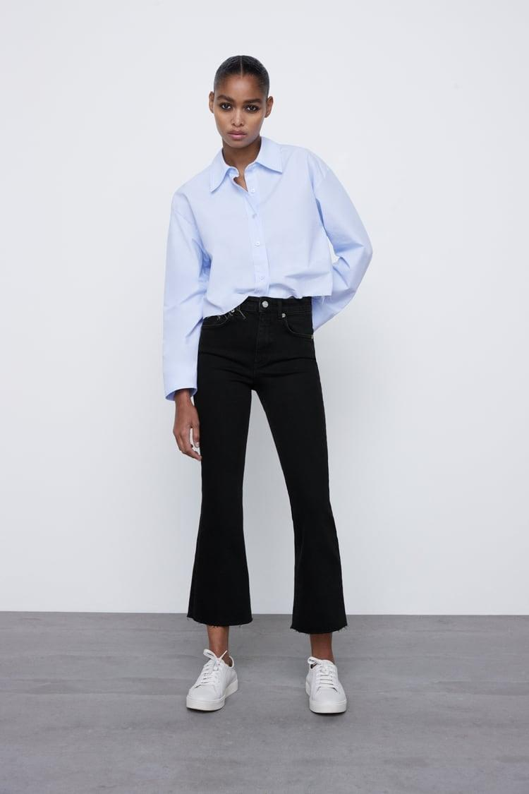 <p>These <span>Mid-Rise Flared Cropped Jeans</span> ($36) come in several washes.</p>