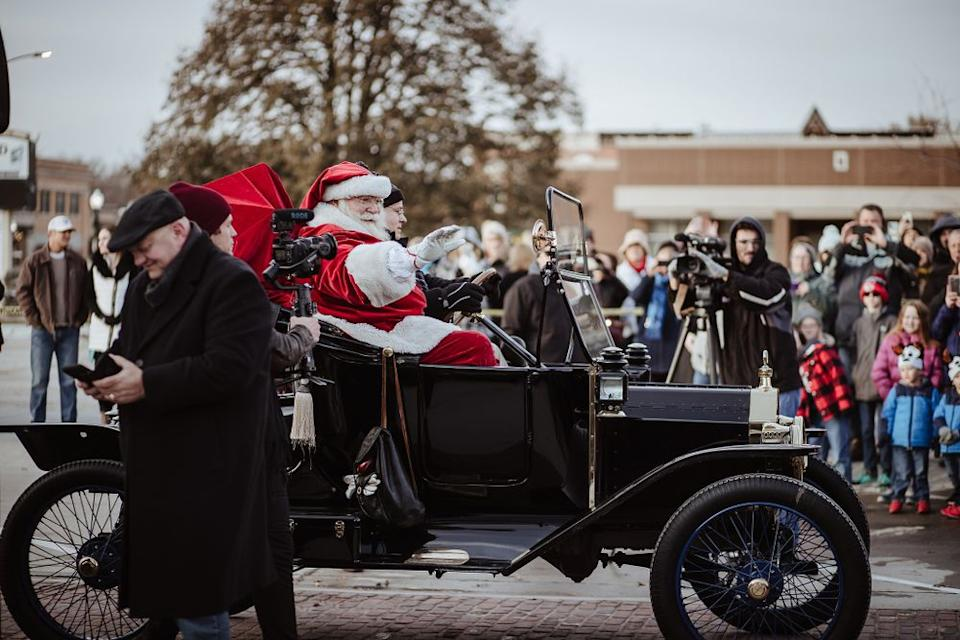 Santa Claus arrives in his Ford Model T   Erin Roh Photography